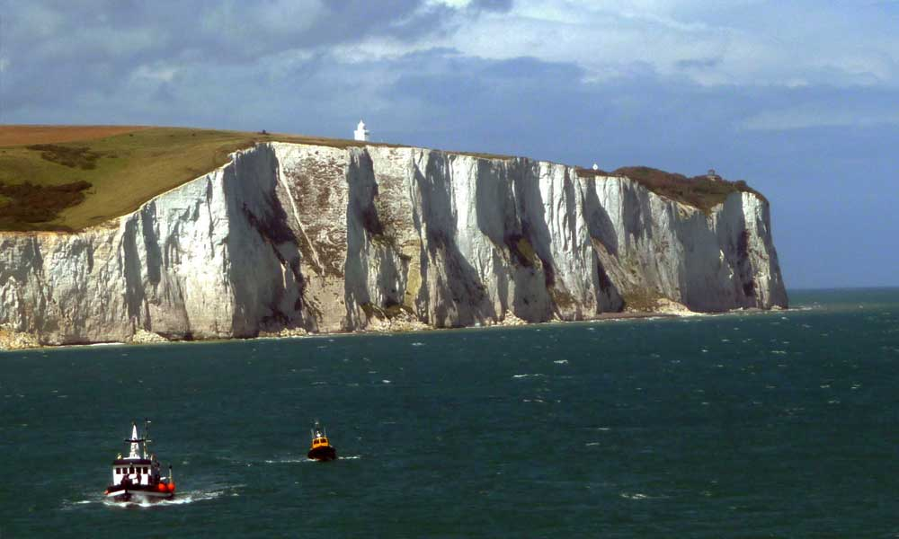 beautiful dover cliffs in kent uk